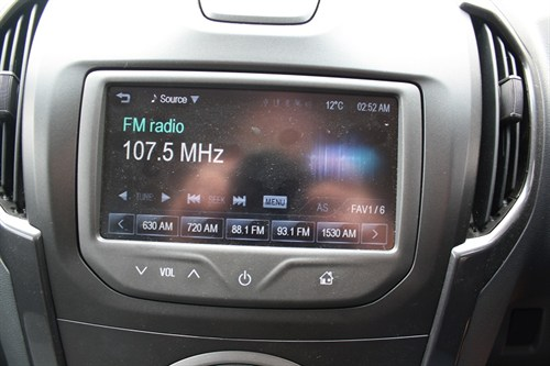 Holden Colorado LTZ Ute _mylink