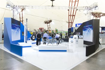 Ancillary Equipment Stand Of The Show Dana -1