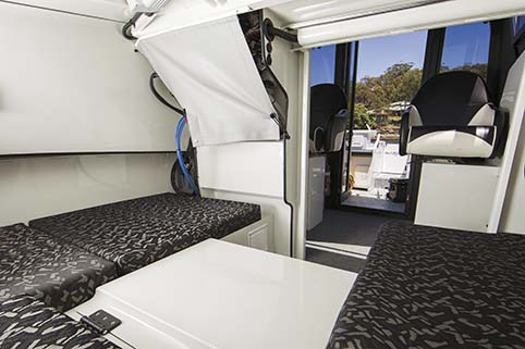 SAILFISH S7 LIMITED EDITION CABIN