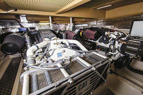 MARITIMO 73 ENGINES