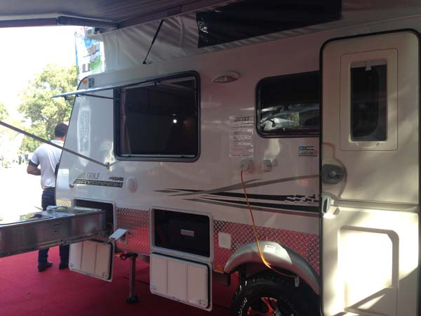 Golf Savannah Caravan