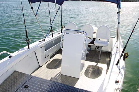 YELLOWFIN 6400 DECK LAYOUT