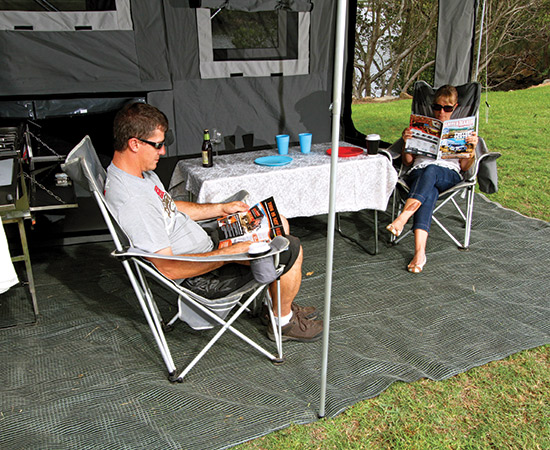 Blue Tongue Offroad Trekker Camper -trailer Couple Camping