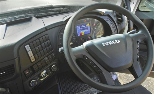 IVECO_Powerstar 6400 Dashboard
