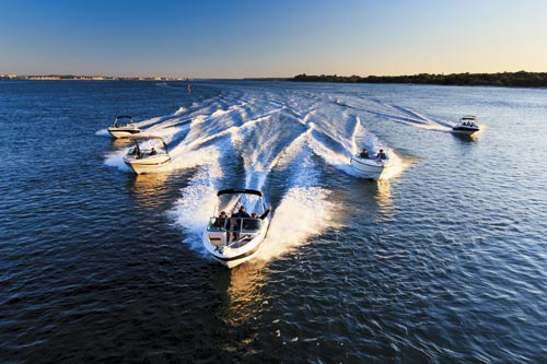 Best family boats 2104