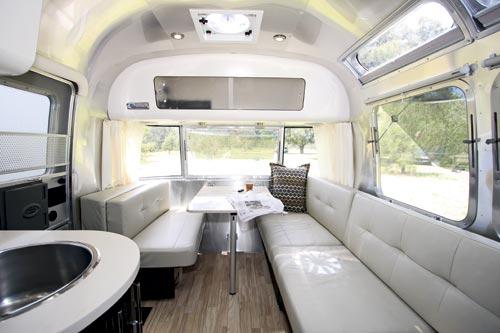 Airstream Caravan Dinnette