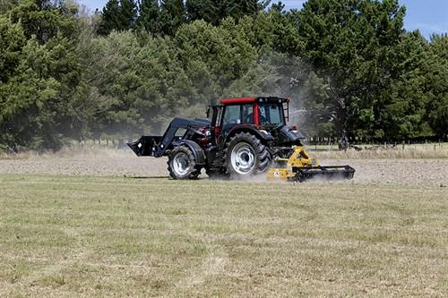 3400_Valtra -N113-tractors _power -harrow
