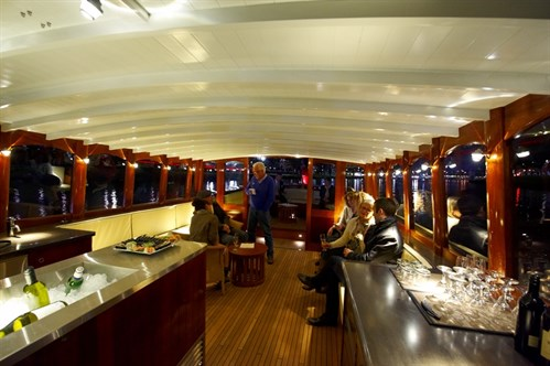 2010 FANTAIL LAUNCH BOAT INTERIOR