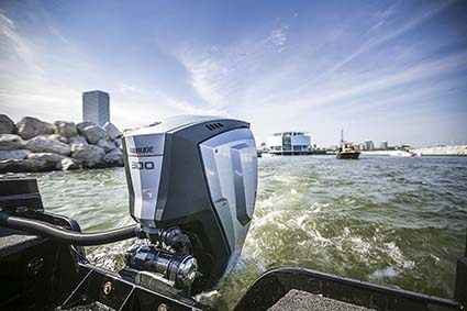EVINRUDE E-TEC G2 300HP ENGINE