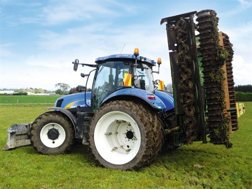 New Holland T6080 Elite Tractor 2