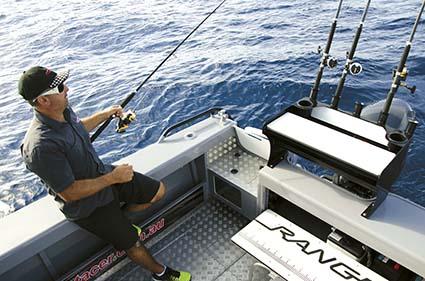 STACER 679 OCEAN RANGER HT COCKPIT