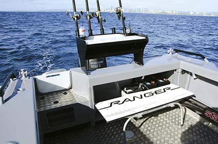 STACER 679 OCEAN RANGER TRANSOM