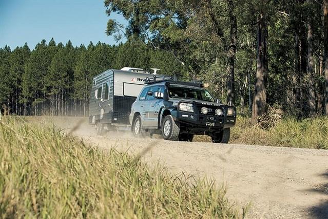 Toyota Landcruiser 200 Towing
