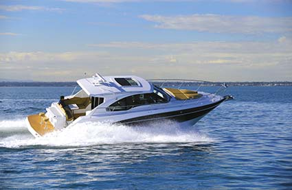 CRUISERS YACHTS 41 CANTIUS SPORTS CRUISER