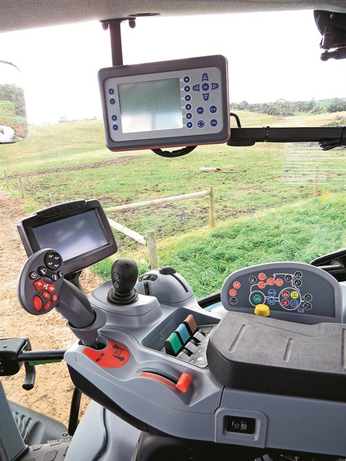 New Holland T6.160_Auto Command _controls