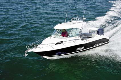 Turning Cruise Craft Explorer 625HT