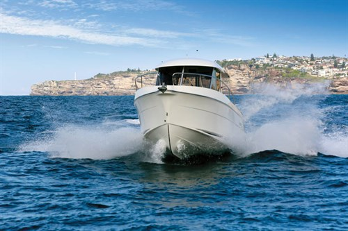 Arvor 280AS handling and ride on the water