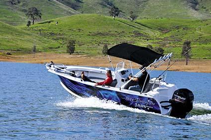 TABS boat on Lake Eildon