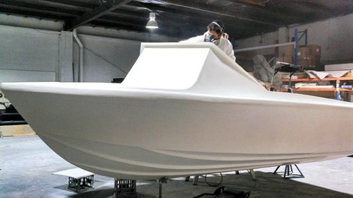 Haines v19r project boat painting our fibreglass boat trade painting the haines project boat solutioingenieria Image collections