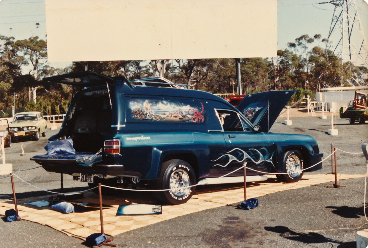 SCORPION XW FALCON VAN