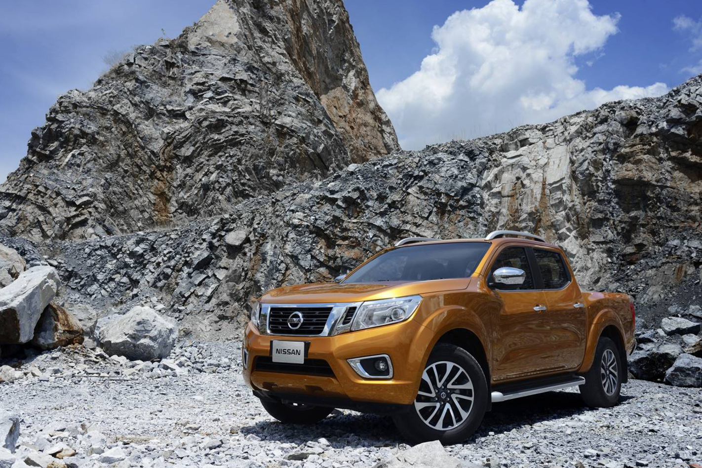2018 nissan y62. perfect nissan updated navara np300 u201c for 2018 nissan y62 d