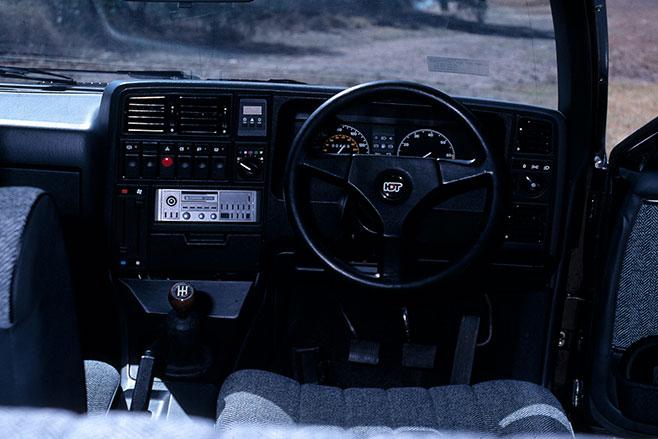 658_Brock _Monza _interior