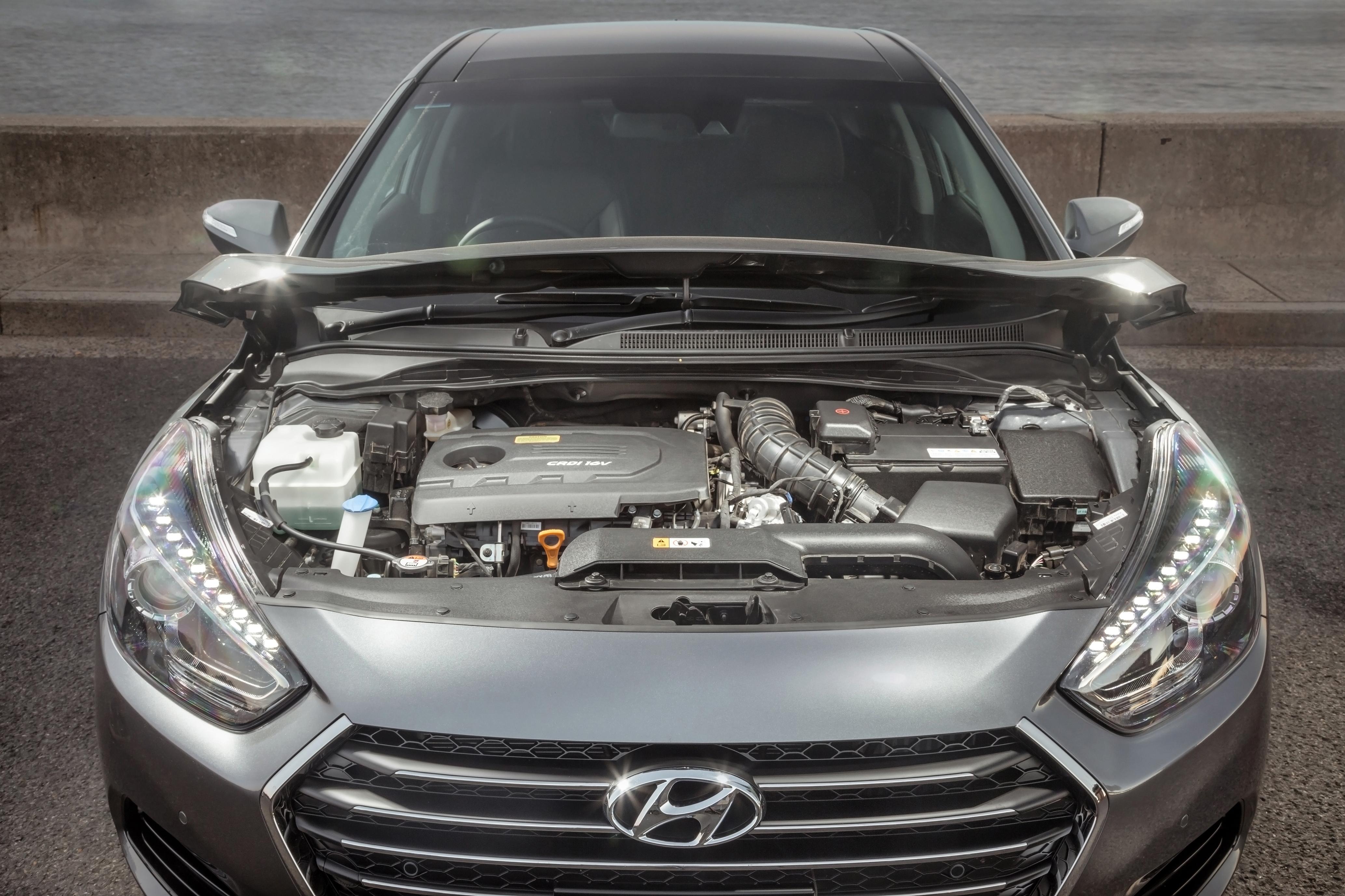 Hyundaii 405