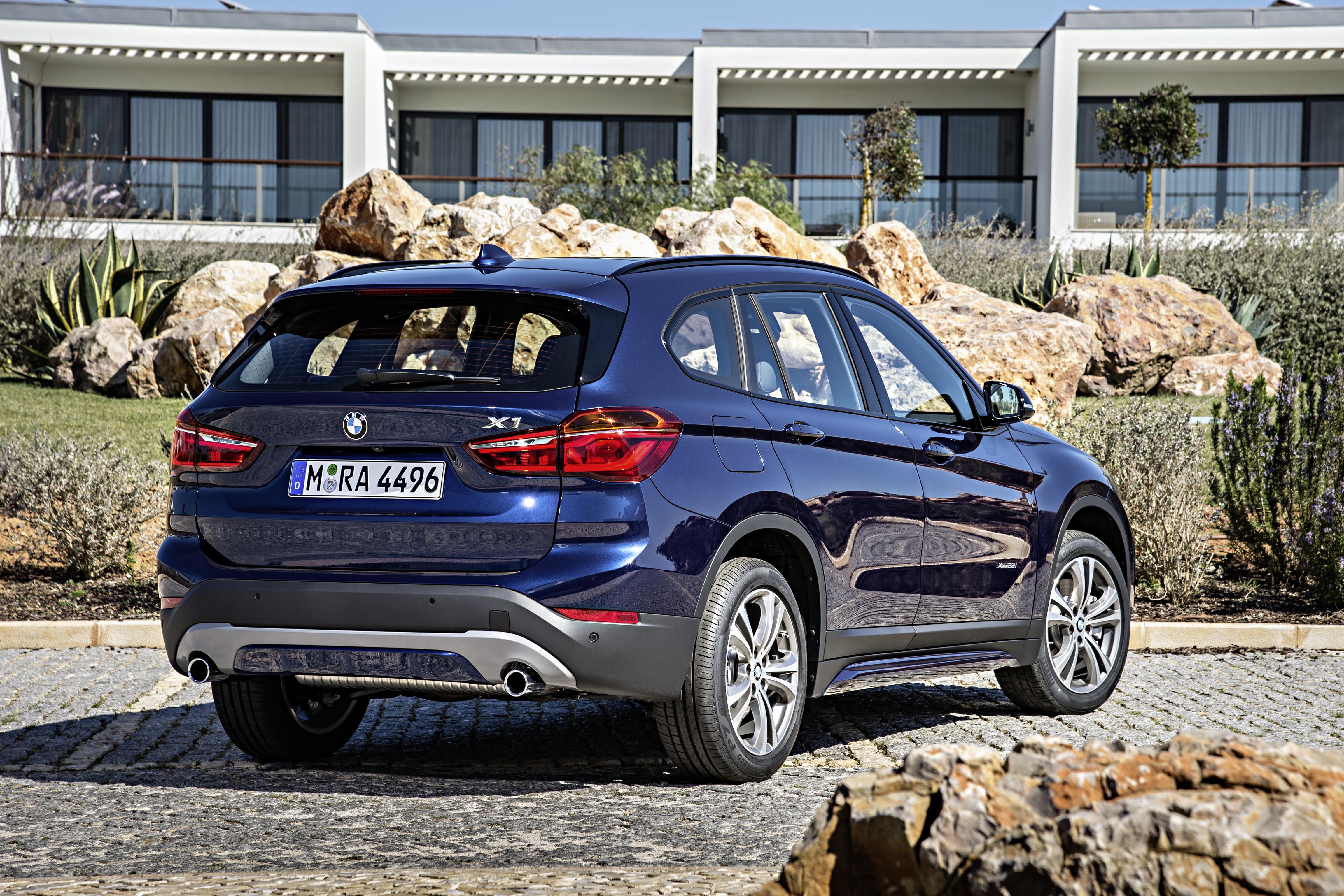 BMWX12