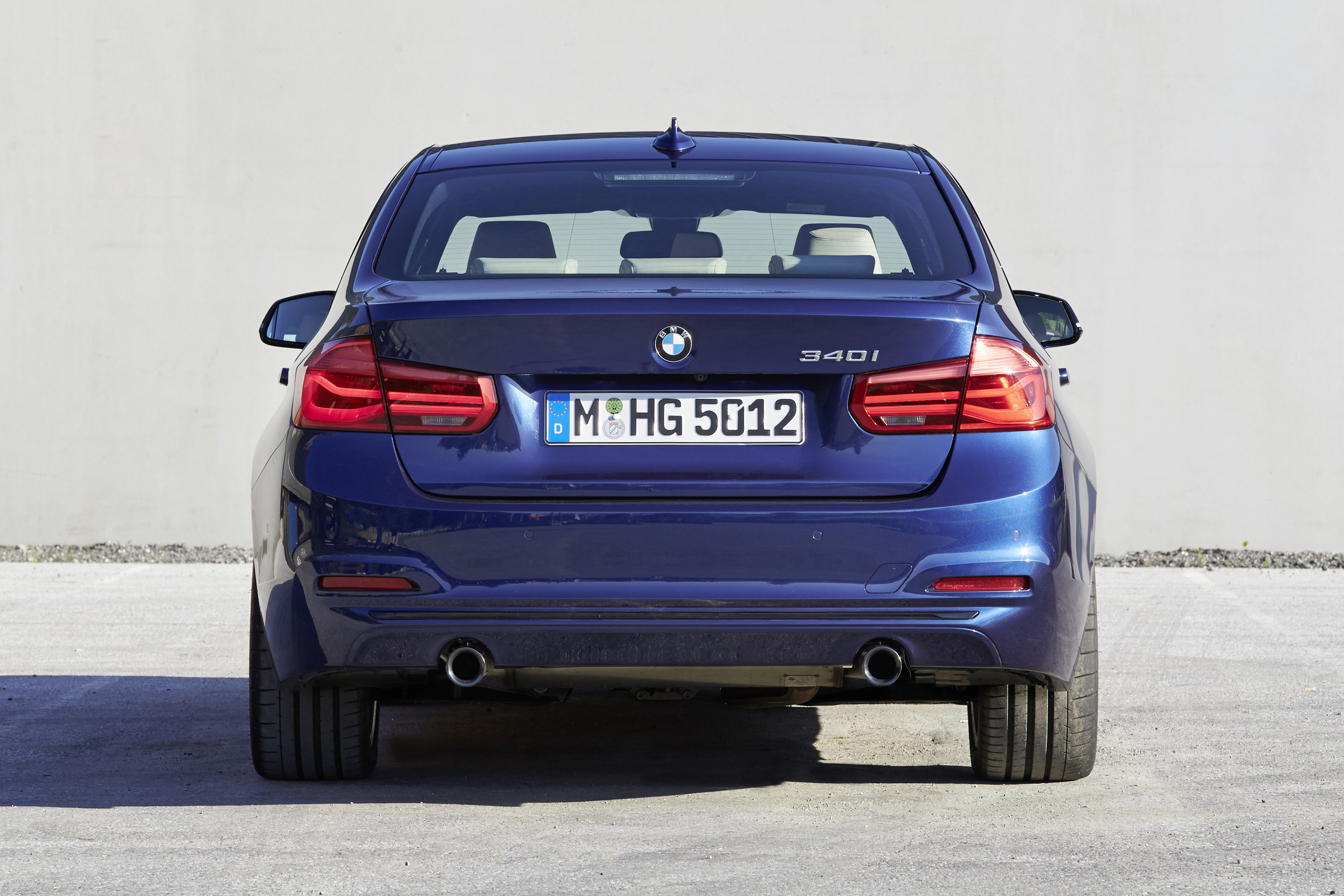 BMW35