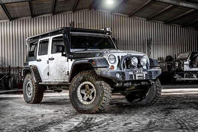 Jeep -v 8-web