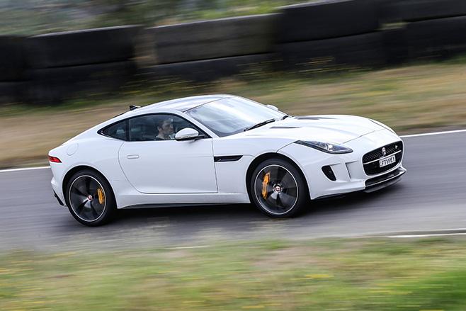 Jaguar -F-Type -V8--front -side -embed