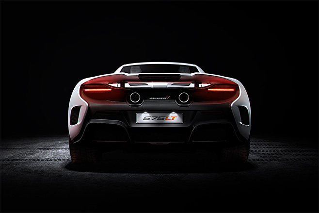 Mc Laren -P1-rear -embed