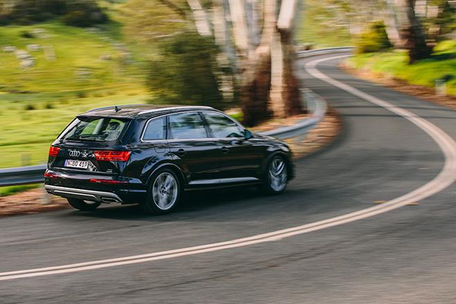 Audi -q 7-autonomous -embed