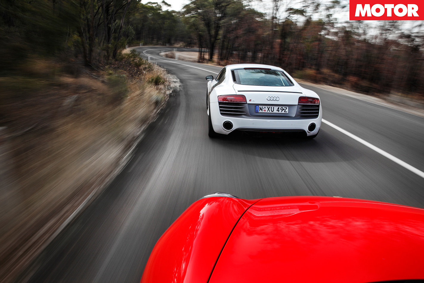 Porsche 911 Turbo vs Audi R8 V10 Plus