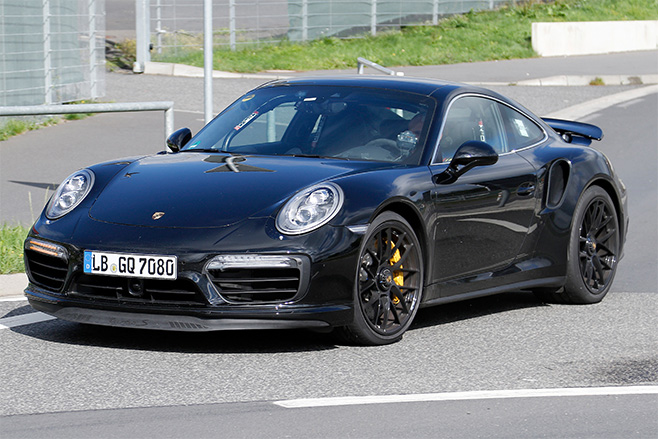 2016-porsche -911-black -coupe -spy -photo