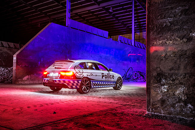 Audi -RS4-police -force -rear