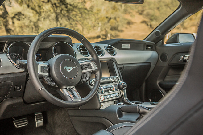 Ford -Mustang -interior