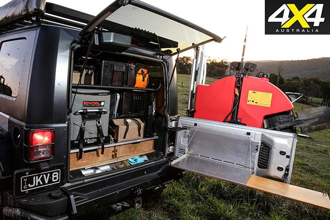 Jeep Jk V on Jeep Wrangler Factory Subwoofer Wiring