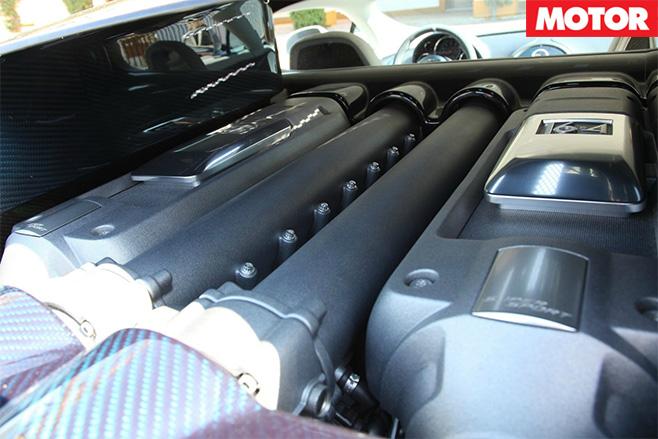 Bugatti Veyron Chiron engine