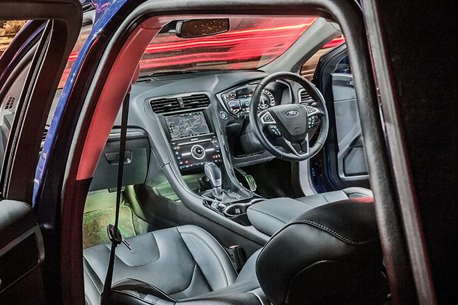 Ford -mondeo -titanium -interior