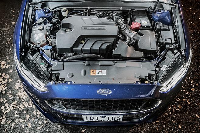 Ford -mondeo -titanium -engine