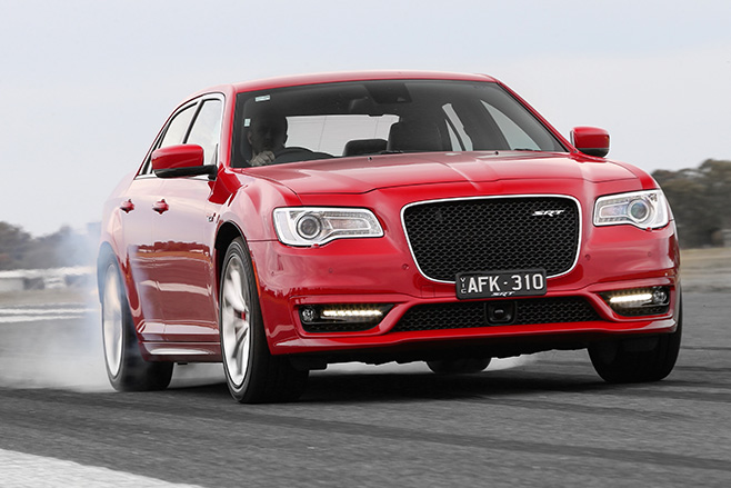 Chrysler -300-SRT-V8