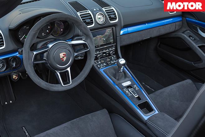 Porsche boxster spyder 5