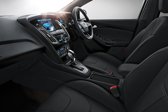 Ford -focus -review -interior -seats