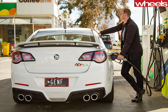 Holden -Club Sport -R8-filling -up -at -fuel -pump
