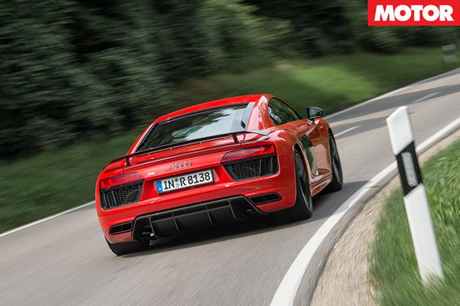 Audi r8 v10 plus 9