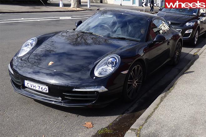 Porsche -911-front-