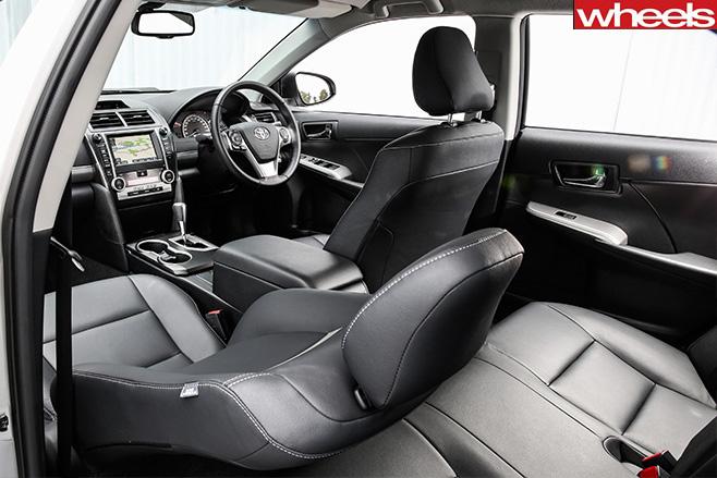 Toyota -Camry -Atara -SL-interior