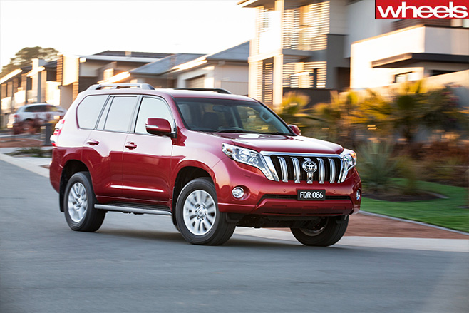 Toyota -prado -review -streets