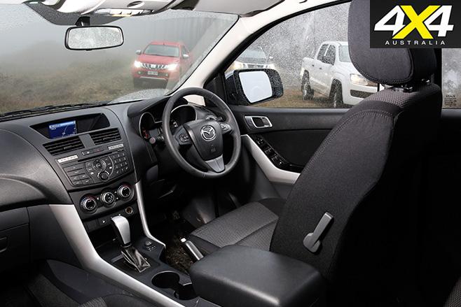 Mazda -bt 50-cabin
